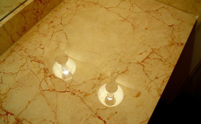 damaged-marble-repaired-to-like-new